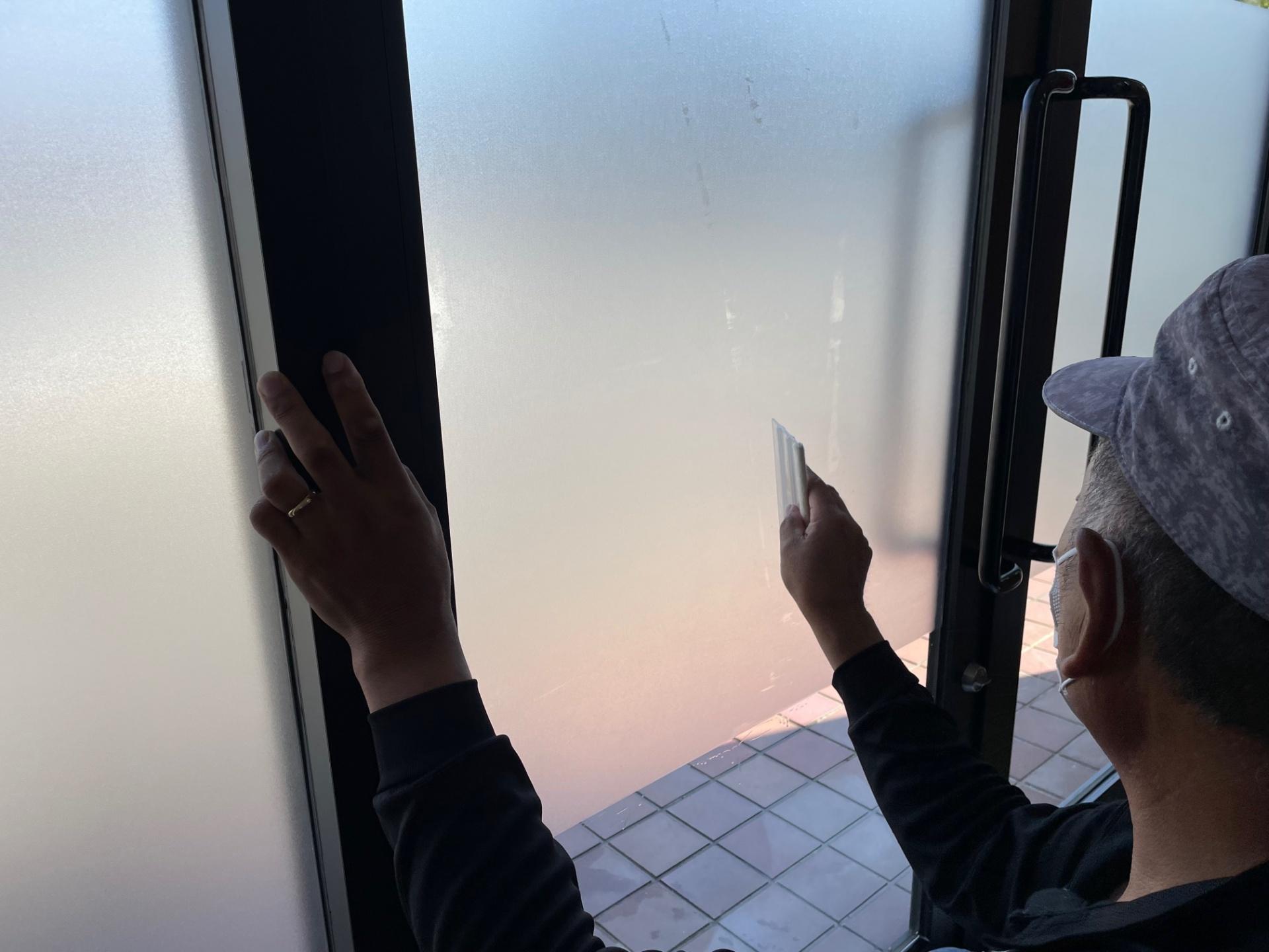 茨城県ひたちなか市 訪問介護事業所様のガラスシール施工をさせて頂きました